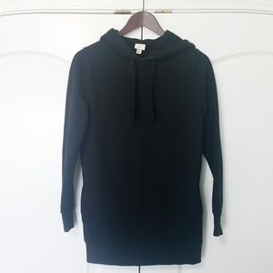Black Hoodie with side Pockets!